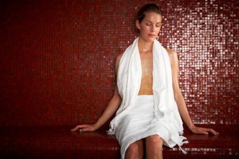 Woman-in-sauna
